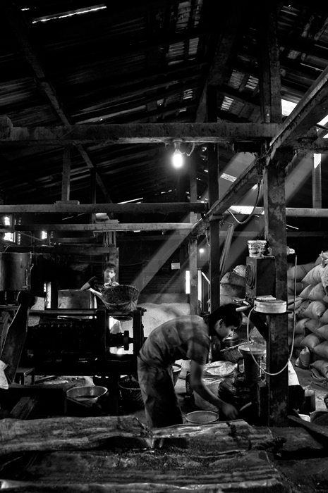 atmosphere inside the mill